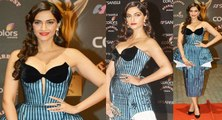 Sonam Kapoor looked super Hot in her beautiful Blue gown dress for Stardust Awards 2015