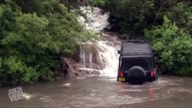 Jeep Drives Up Waterfall | Off Roading