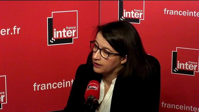"""Cécile Duflot """"La déchéance de nationalité est un symbole qui fait mal à ceux qui ne sont pas responsables"""""""