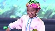Cẩm Ly hoảng hốt với màn điều khiển trăn của thí sinh bốn tuổi