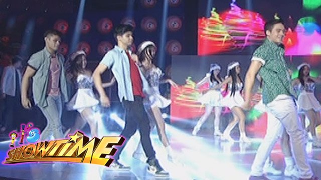 "It's Showtime: Hashtag boys perform ""Winter Wonderland"""
