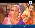 Mohit ke Zinda Waapis Aane Se Bhabho Hui Riha 25th December 2015 Diya Aur Baati Hum