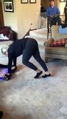 Elle tente de faire le poirier sur un hoverboard