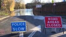 York sommersa dall'acqua, inondazioni senza precedenti in nord Gb