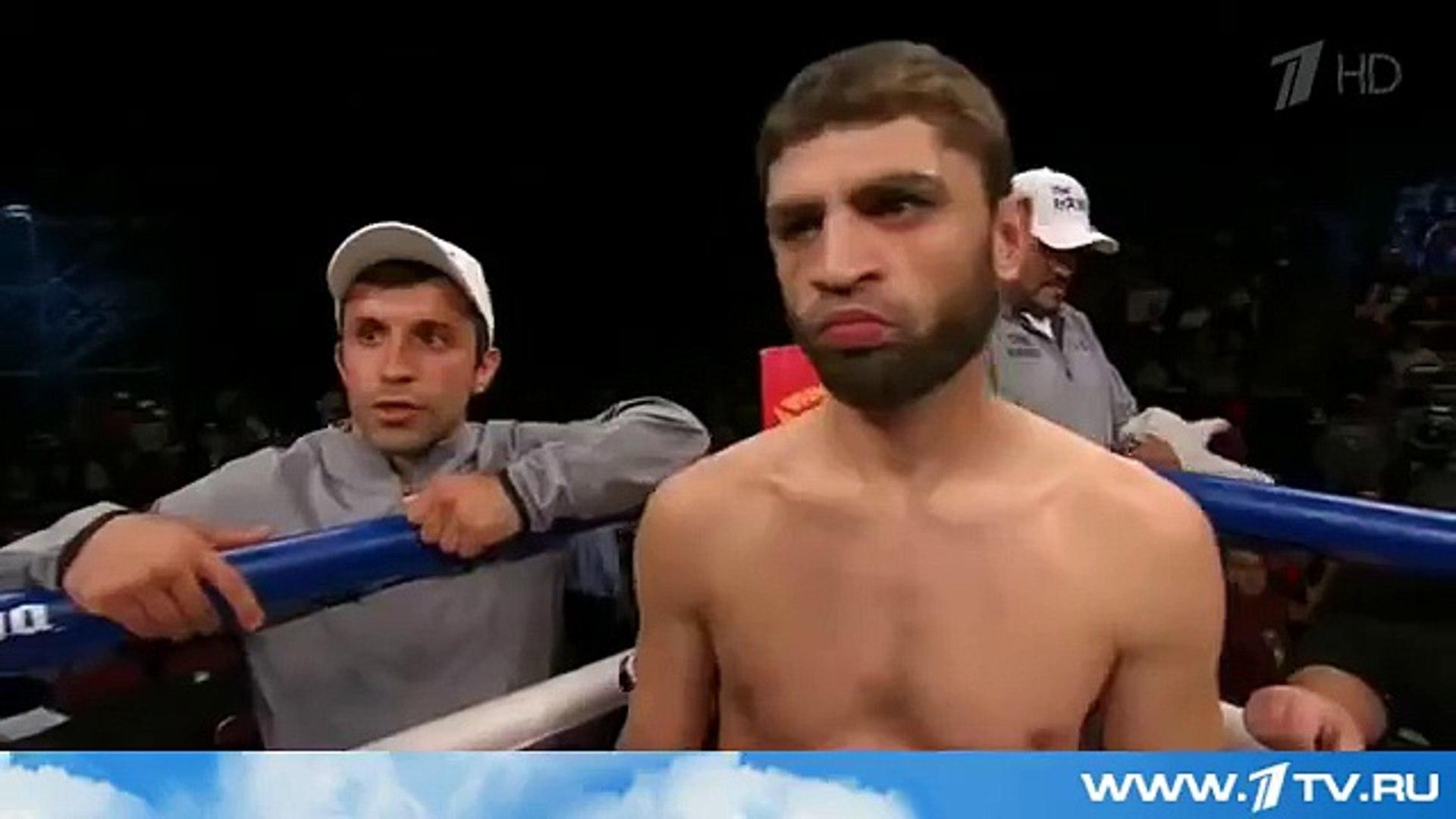 Первый канал покажет бой российского боксера Хабиба Аллахвердиева и американца Эндриэна Бр