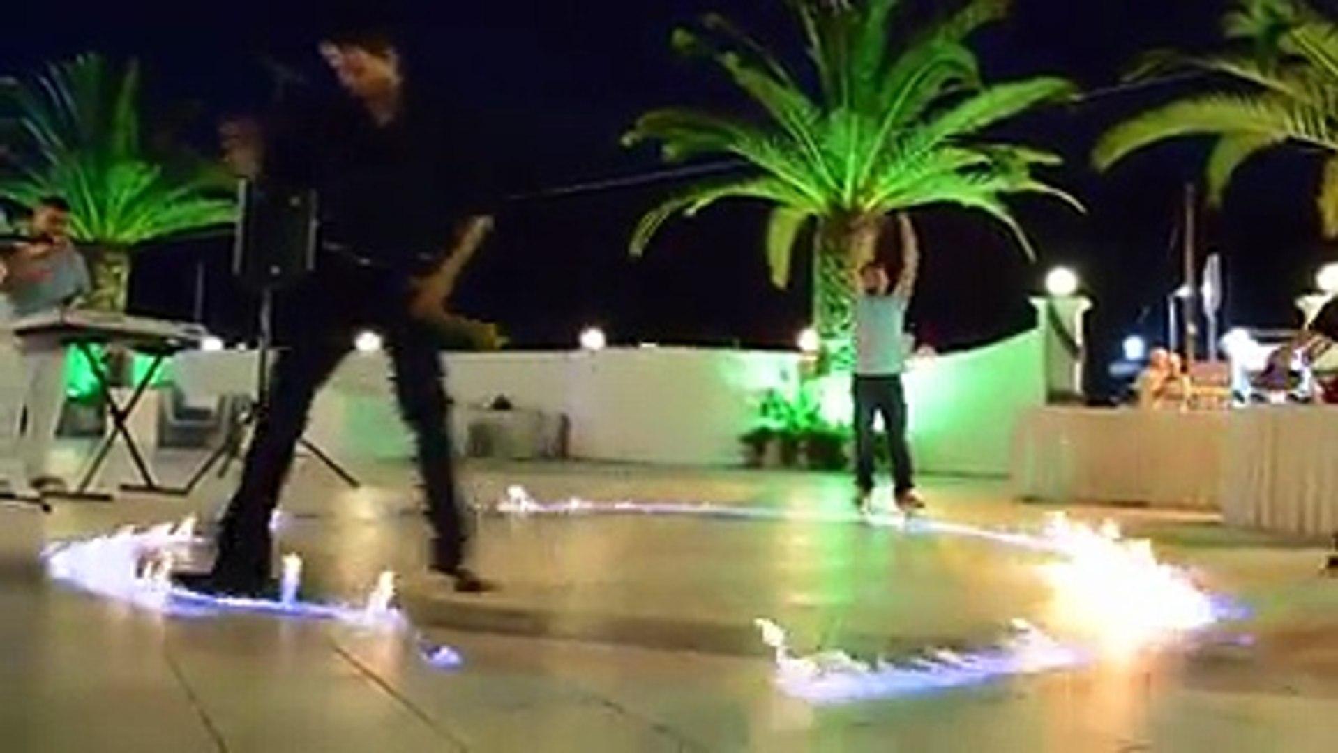 Greece on fire - Zorba dance