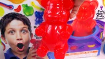 GIANT RAINBOW GUMMI BEAR Gummy Factory Create Gummi Bears Sweet N Sour Candy Kit Unboxing