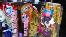 HUGE Monster High Dollhouse Deadluxe High School Boo York & Freak Du Chick Dolls + Dracula