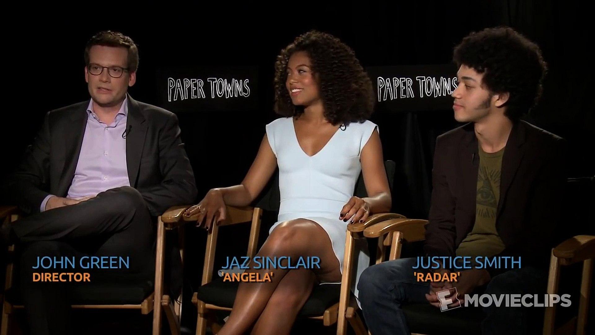 Paper Towns Interview HD | Celebrity Interviews | FandangoMovies