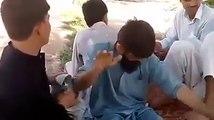 Funny pathan singing urdu song, pashto funny drama, pashto tapay, tang takor rabab mangay, punjabi mujra, punjabi girls dance, local gilrs dance,