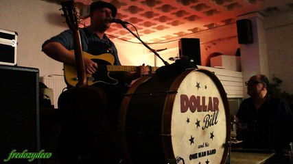Dollar Bill in Paris December 31, 2015 - Baby Please Don't Go