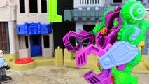 Joker Seeks Batman Help Green Goblin Steals Suit Attacks Spiderman and Robin Mechanical Suit Wins