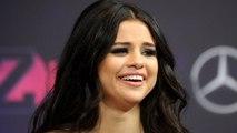Selena Gomez Rocks Bikini as Justin Bieber Packs on PDA With Hailey Baldwin