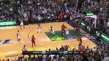 Referee Misses the Obvious Foul On Withey's Dunk Attempt - Rockets vs Jazz - January 4, 2016 - NBA