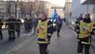 Manifestation des pompiers devant le conseil départemental