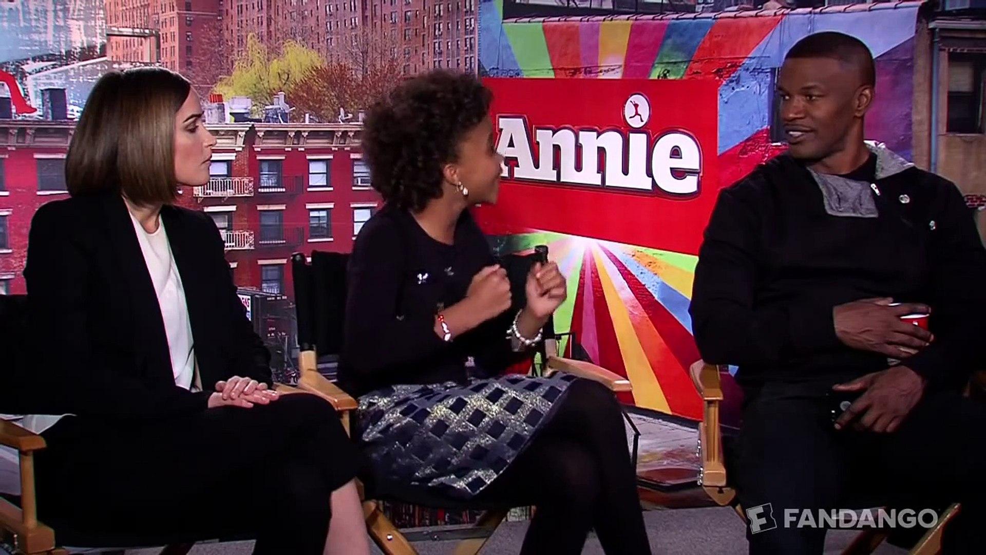 Annie Interview HD | Celebrity Interviews | Movieclips Family