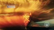 Alleged UFO Filmed Monitoring Calbuco Volcano In Chile During Massive Eruption!