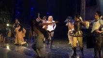 Madonna - Vogue [Re-Invention Tour] HD