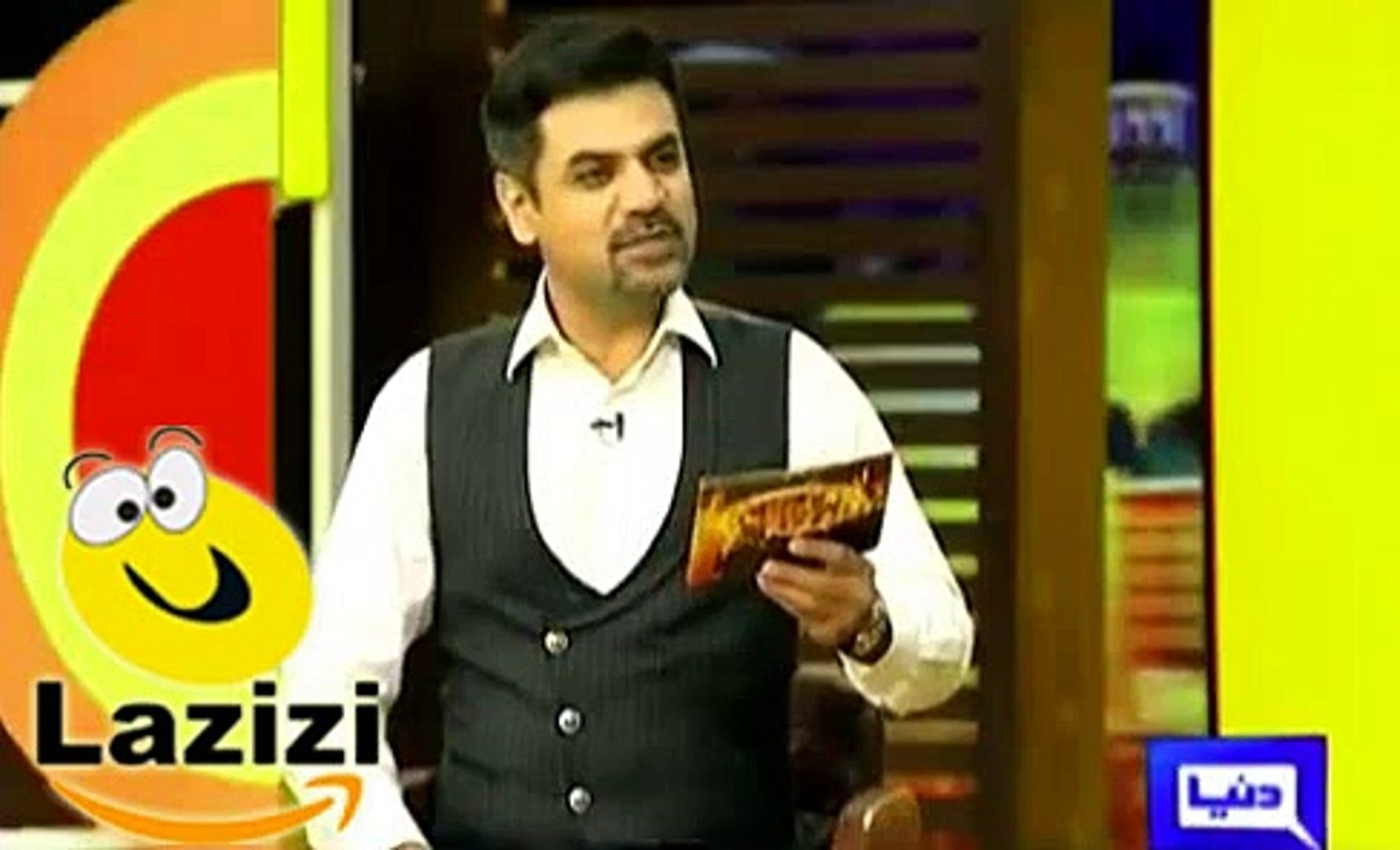 Watch How Fashion Designer Mehmood Bhatti Impressed With The Style Of Imran Khan Video Dailymotion