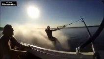 Méchante gamelle en ski nautique