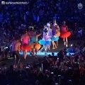 Andrés Tuñez baila y canta vestido de mujer parte 2