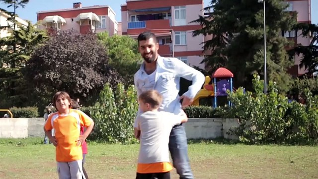 Arda Turan'dan Çocuklara Paha Biçilemez Sürpriz!