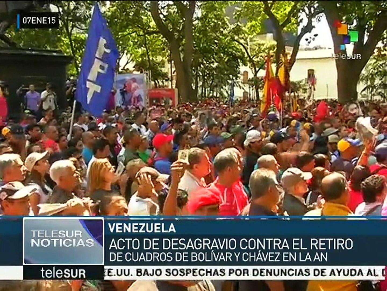 Venezuela: ciudadanos rechazan retiro de imágenes de Chávez y Bolívar