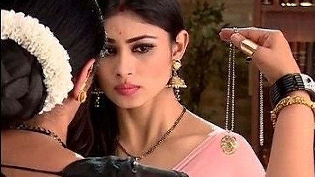 Naagin 9th January 2016 Full Episodes hd video - PlayHDpk com