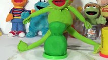 Play Doh Sesame Street , Kermit the Frog, we make Kermit the Frog out of Play Doh lol