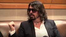 Foo Fighters : Dave Grohl goes solo !