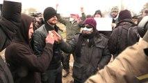 """""""Jungle"""" de Calais: les bouches cousues iraniennes donnent une nouvelle dimension à la crise"""