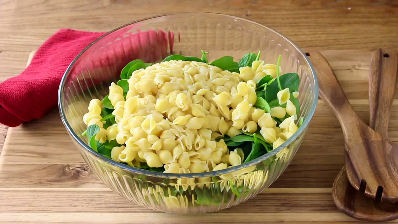 Spinach Shrimp Pasta Salad