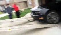Gros fail lors du chargement d'une Ford Mustang