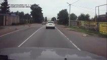 Ne jamais téléphoner au volant.. Gros accident de voiture