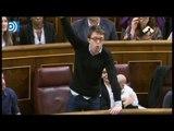 La peculiar forma de jurar la Constitución de Podemos