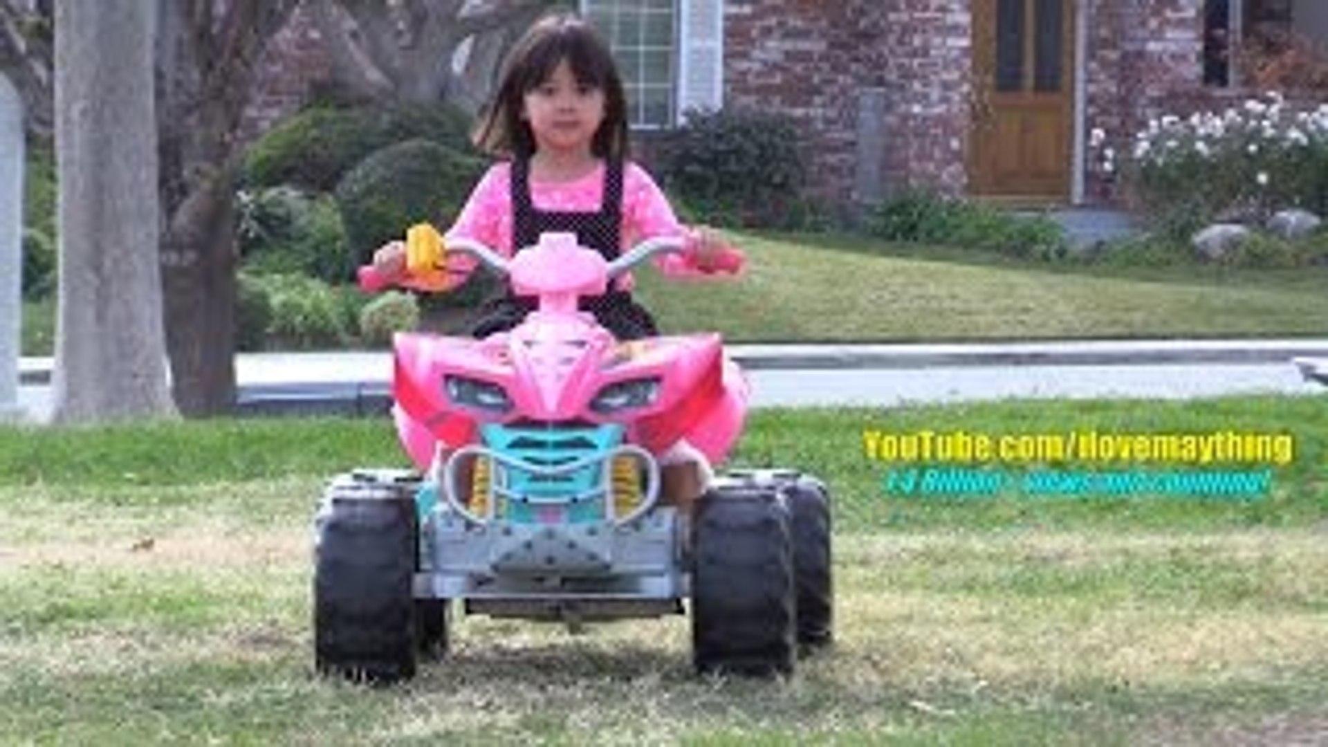 Fisher Price 12 Volts Ride On Power Wheels Mayas Pink Barbie Kawasaki Quad Atv Ride Dailymotion Video