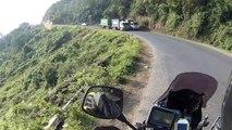 Vê como é andar de mota no Quénia. Assustador!!
