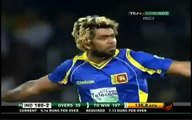MS Dhoni gets a magical yorker from Lasith Malinga. Malinga castles MS Dhoni with a Magical Yorker. Rare cricket video