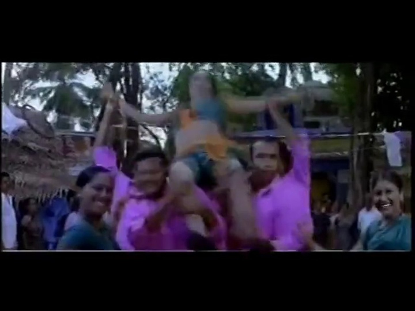 Sexy Item Song in Tamil Movie mp4