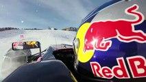Il pilote sa Formule 1 sur une piste de ski