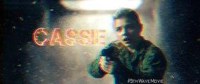 The 5th Wave - Meet Cassie - Movie Clip (2016) Chloe Moretz, Nick Robinson