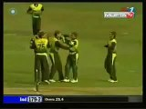 Tendulkar out on 99 yet again.Umar Gul bowling did the trick for Pakistan bowling out Tendulkar at 99.Rare cricket video