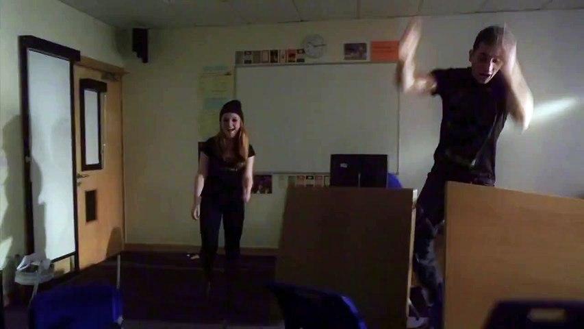NIGHT SCHOOL (Angleterre)