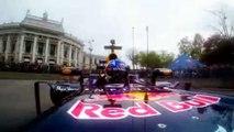 Daniel Ricciardo se exhibe en Viena