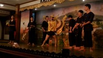 """LA DANSE KLONG SABATCHAI"" DANSE TRADITIONNELLE KANTOKE A CHIANG MAI (THAÏLANDE) LE 28 NOVEMBRE 2015"