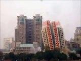 中国 ビル解体失敗 2013 (HD)
