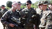 US Soldiers Training With Awesome French Famas and French Soldiers
