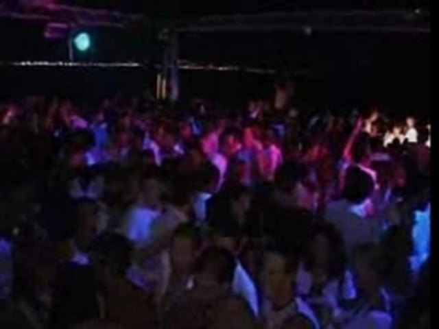 House & Beach - White Beach 13 juillet 2006 - Vj Ty Live