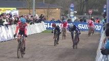 Coupe du Monde Juniors de cyclo-cross 2016 : L'arrivée pour la 5e place à Lignières
