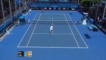 Open d'Australie : Cris et jets de raquette... Comme d'hab', l'Italien Fognini a piqué sa crise !
